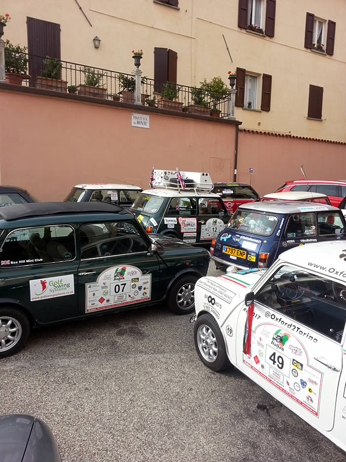 Mini parking, Italian Job style in Brisighella